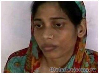 Женщина три года была запертой за то, что родила девочку