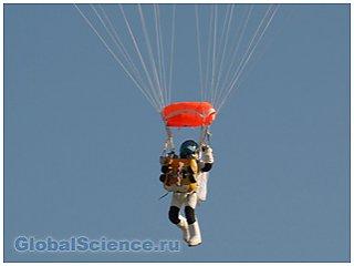 Руководитель Google побил рекорд Баумгартнера, совершив прыжок из стратосферы