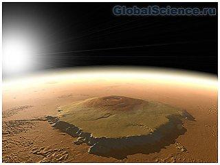 Эксперты NASA разглядели на поверхности марса улыбку
