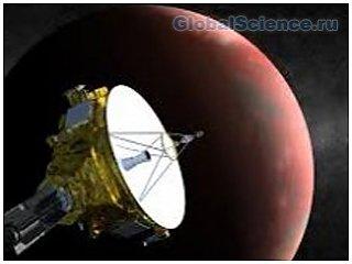 Космическому аппарату поставлена задача пролететь над Плутоном