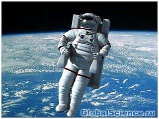 Долгое пребывание в космическом пространстве опасно для жизни.