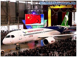 Китай представил новый пассажирский самолет C919