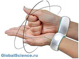 В России создали браслет-переводчик жестового языка в текст