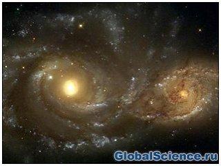 «Цунами» из газа и звезд создало яркое явление в галактике IC 2163
