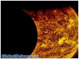 Уфологи обнаружили заслонившую Солнце неизвестную гигантскую планету видео